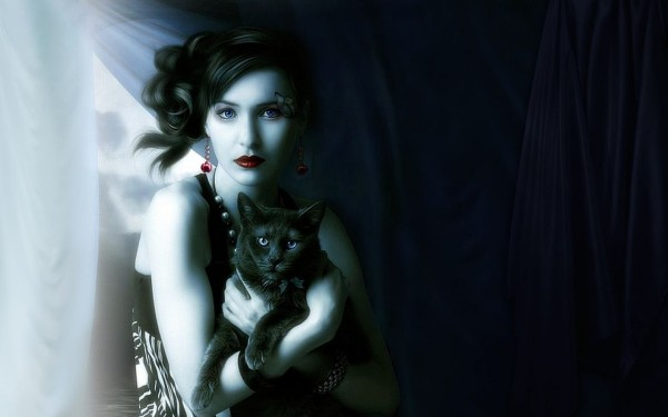 Девушка с черным котом