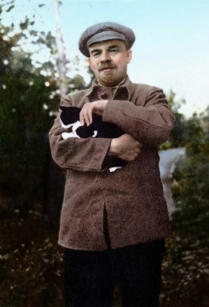 В.И. Ленин с котом, 1922 год